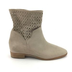 MICHAEL KORS Tan Laser Cut Leather Booties Boots